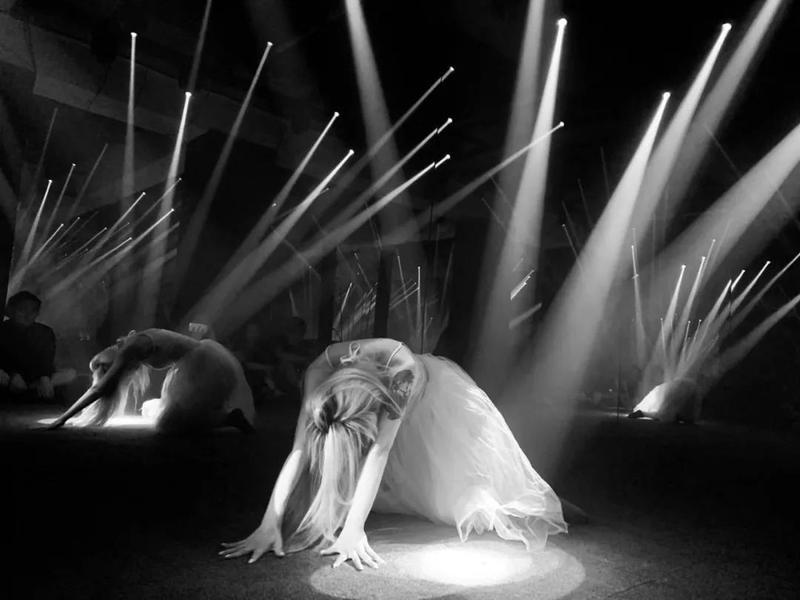 舞臺舞美燈光.jpg