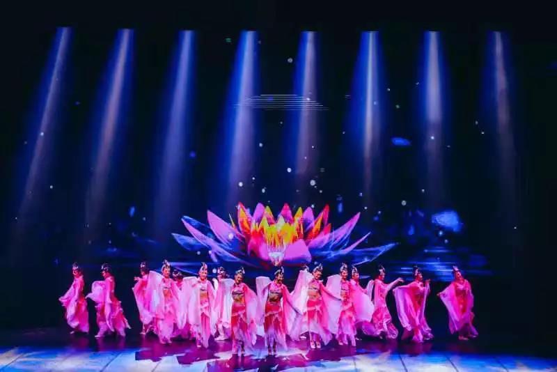 舞臺舞美設計,舞臺燈光設計