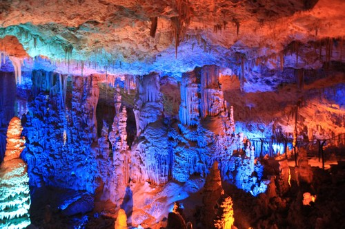 景區溶洞燈光設計 Design of cave light projection show
